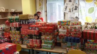 Vánoční Krabice od bot jsou na cestě k dětem